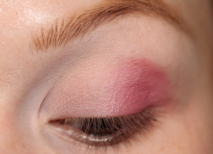 IMG 5267 Pink my Valentine   An easy pink and brown makeup tutorial