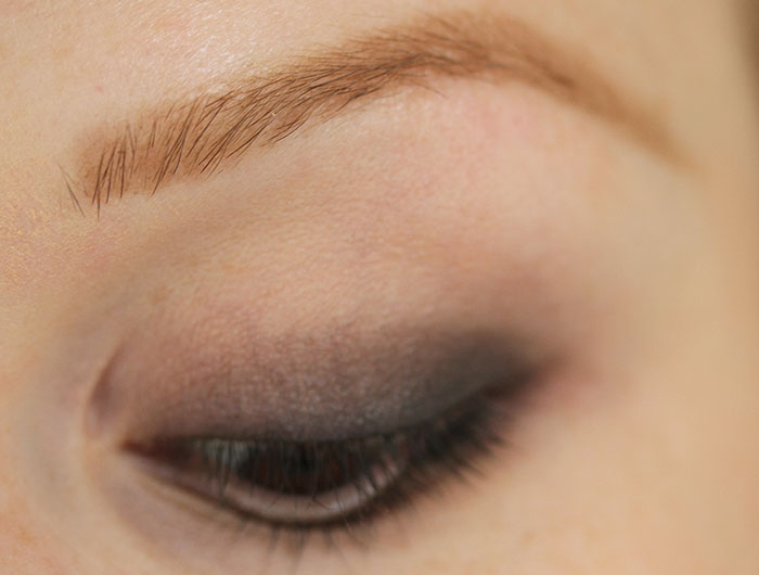 IMG 6661 How to: Easy smokey eye in brown using few products :)